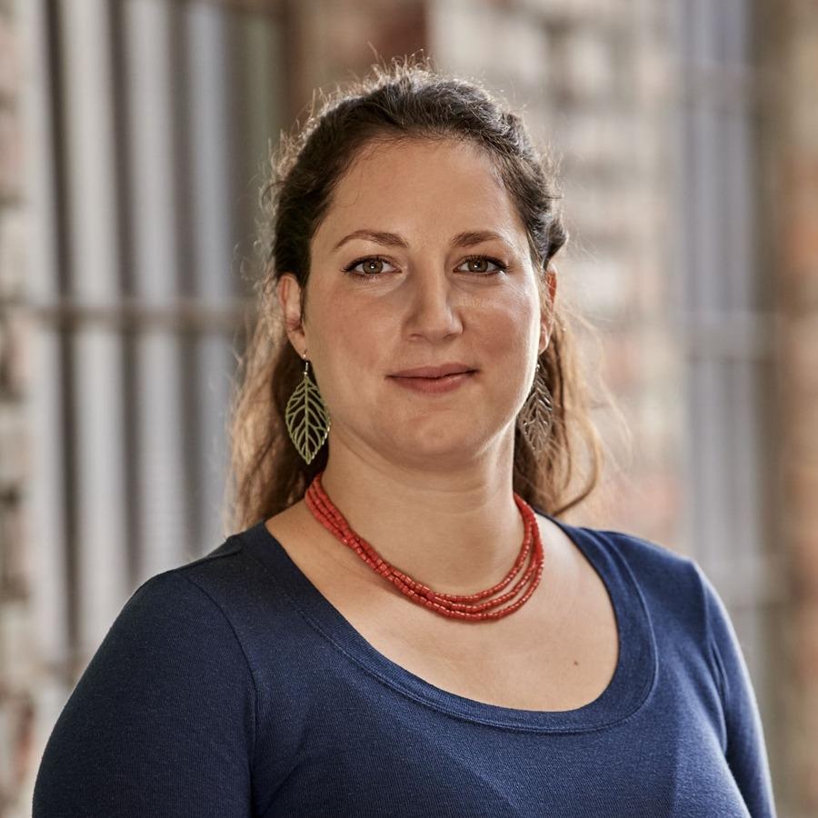 Catherine Sachet, Entwicklungschemiker